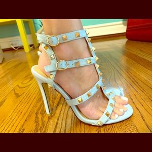 Studded caged sandal in blue grey, like Valentino